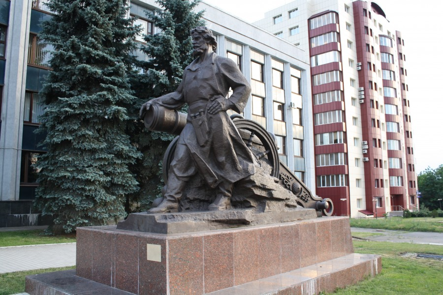памятники луганска описание и фото используют, прежде
