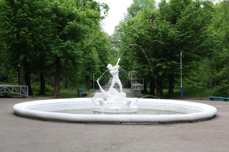 Фонтан у парку ім. Шевченка